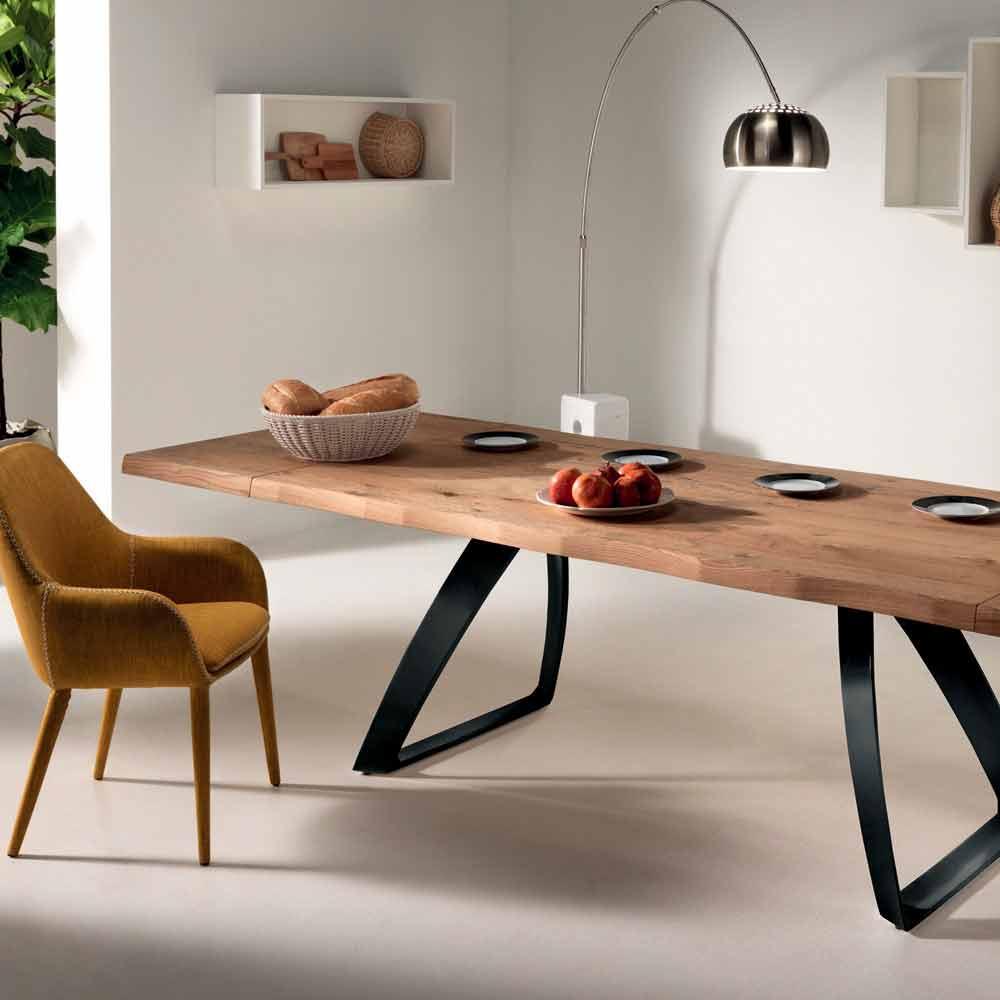 table a manger extensible travis en bois plaque de chene et metal noir