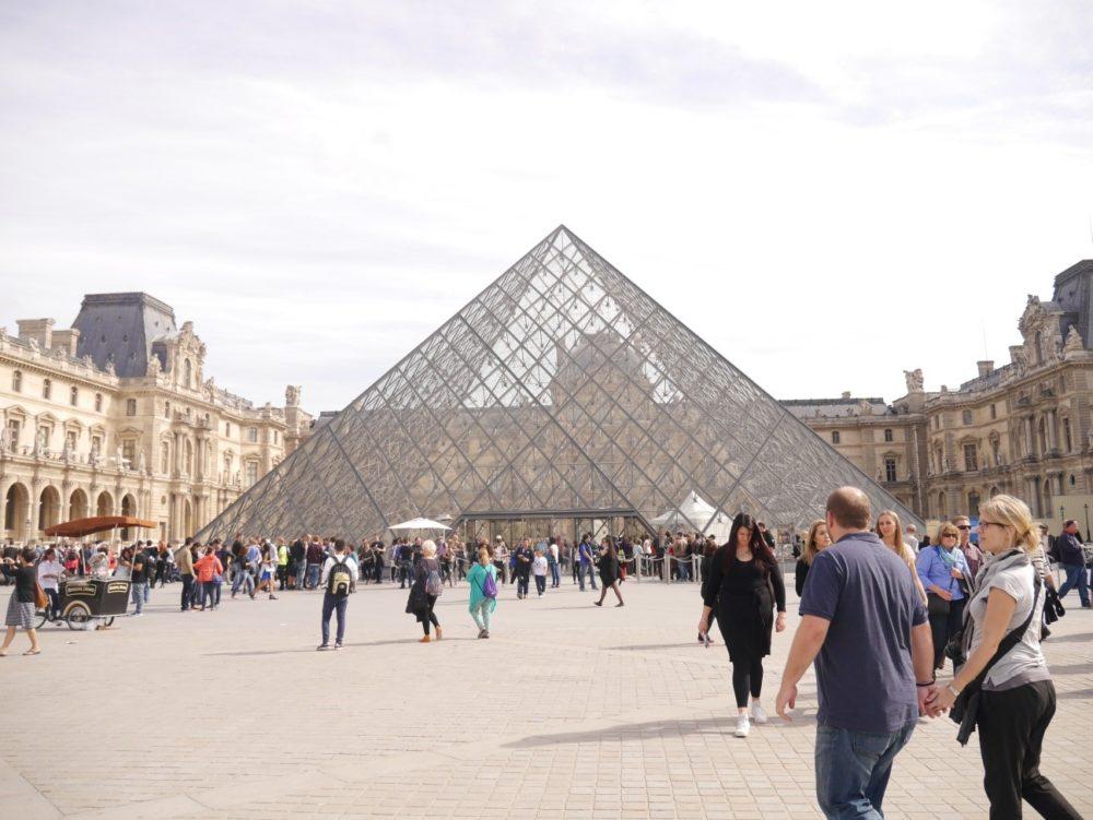 パリ 美術館 ルーブル美術館