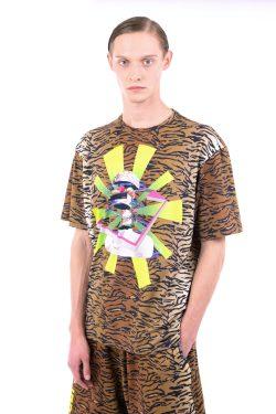 Snap T-shirt
