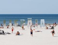 Praia de Liepaja na costa Oeste do mar Báltico na Letónia