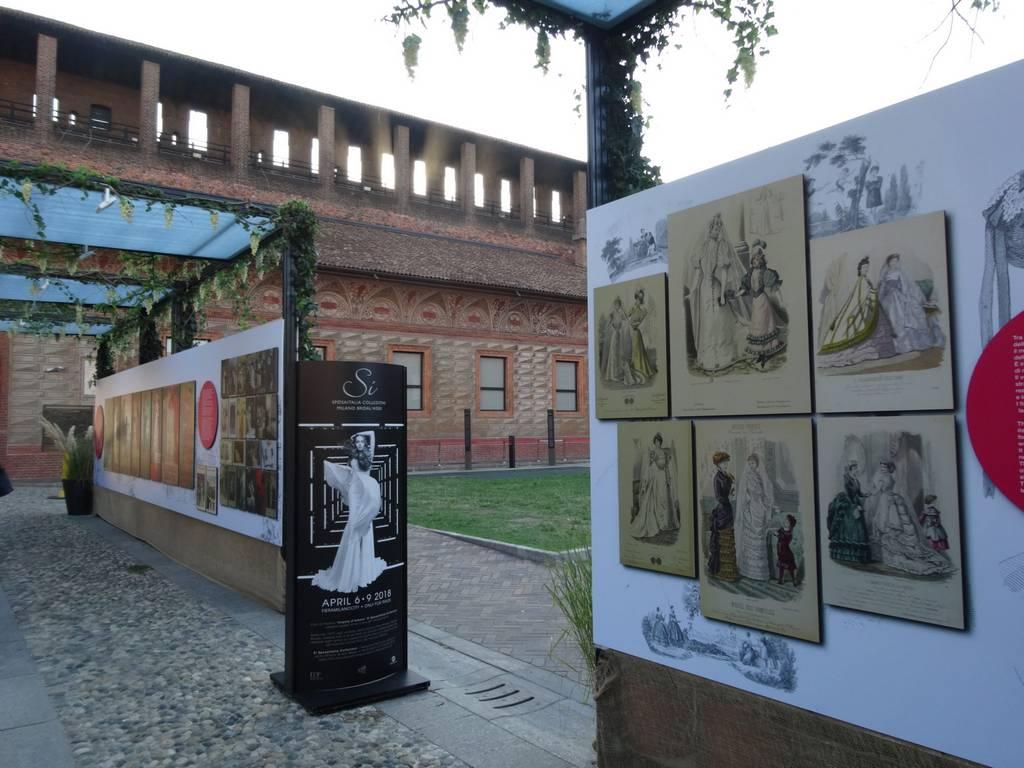 Exposição temporária no Cortile delle Armi