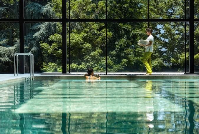 Spa_indoor_pool_service
