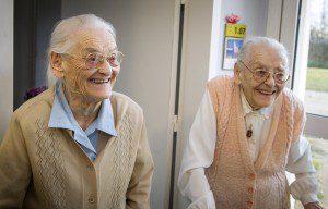 648x415_agees-104-ans-paulette-simone-pourraient-bien-etre-jumelles-plus-agees-monde