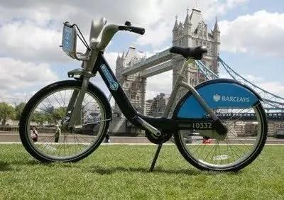 Maggio a Londra fra bici e fiori