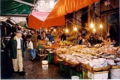 Palermo e la tradizione dei mercati storici