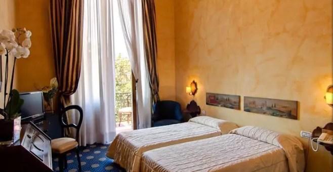 Dormire a Firenze, Hotel Croce di Malta