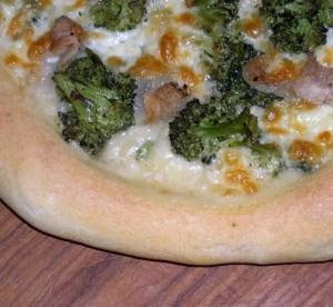 I sentieri del gusto, la pizza con i bordi ripieni a Verona