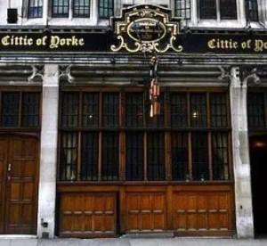 Cittie of Yorke: la tradizione dei pub inglesi a Londra