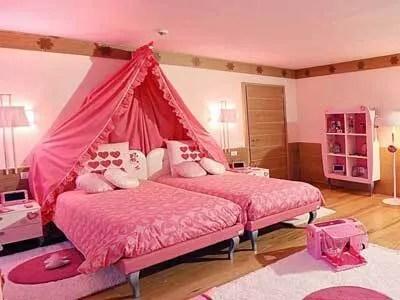 Dormire nella Casa di Barbie è possibile, a Berlino