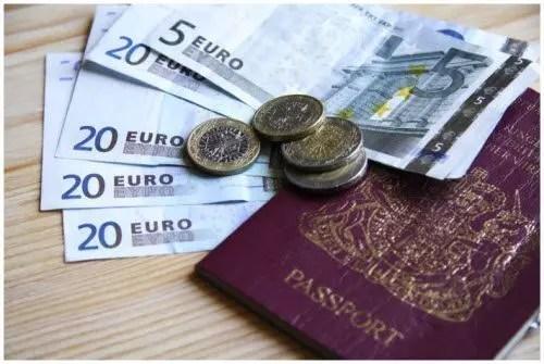 Come risparmiare soldi e viaggiare per il Mondo