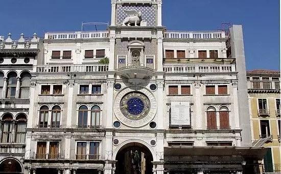 Torre dell'Orologio a Venezia su Piazza San Marco