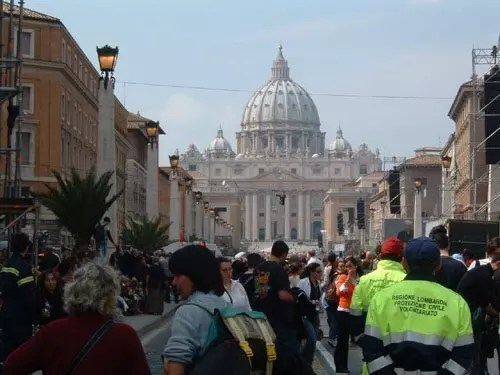 Dormire a San Pietro per l'elezione del nuovo Papa
