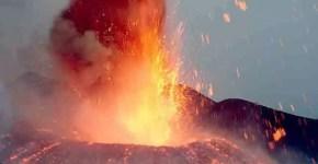 L'Etna erutta e a Catania si cancellano voli