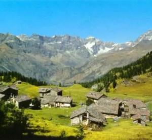 Monti, natura, silenzio: siamo a Cheneil, in Valle d'Aosta