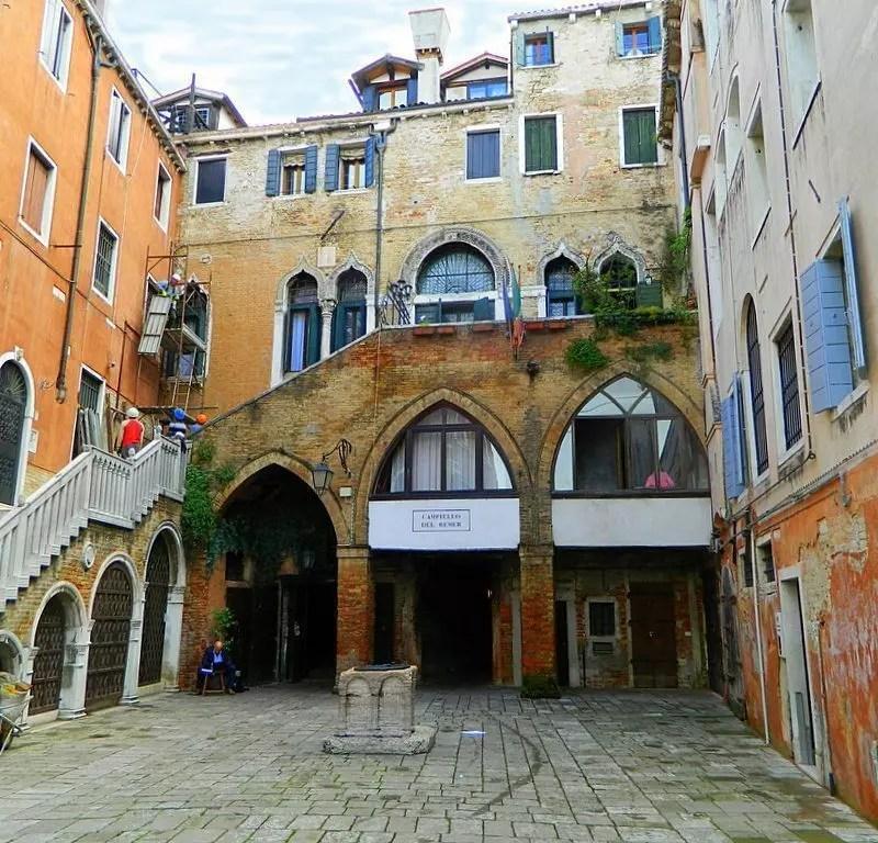 Campiello-del-Remer-venezia