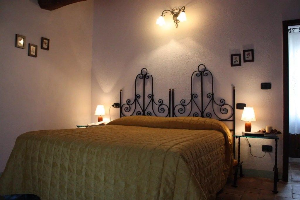 Bilocale 9 camera matrimoniale