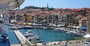 Corsica: come arrivare in nave o in aereo low cost