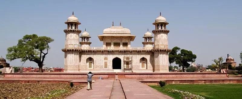 india-tomba di Itimad-ud-Daulah