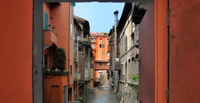 Bologna, la finestra sul Canale di Via Piella