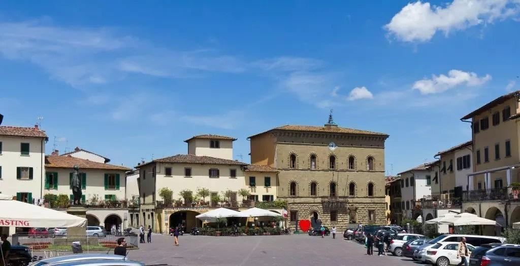 Greve in Chianti - Piazza Giacomo Matteotti