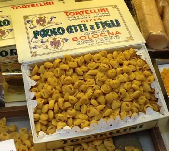 Bologna, 5 botteghe dove acquistare i tortellini