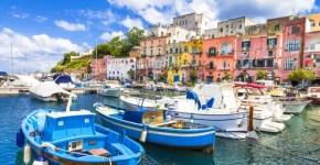 Come raggiungere Procida da Napoli