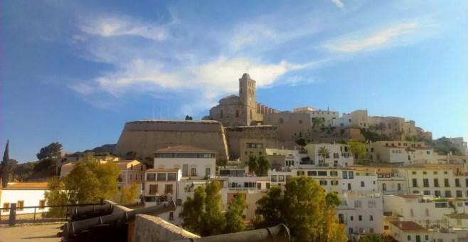 Tre cose da fare a Ibiza con i bambini oltre il mare
