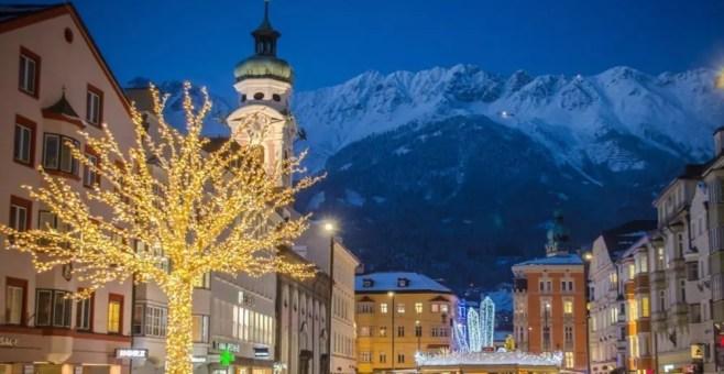 Foto Innsbruck Mercatini Di Natale.Mercatini Di Natale Le Magiche Tradizioni Da Trento A Innsbruck