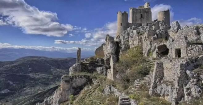 Abruzzo: i 5 castelli da visitare