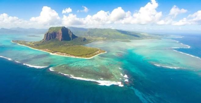 Mauritius, Le Morne Brabant: spiaggia e monte