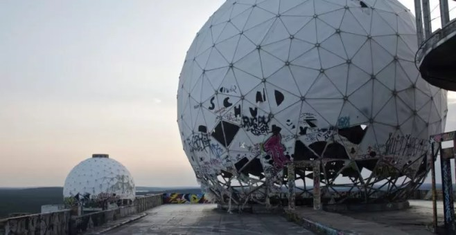 Teufelsberg, lost place in Berlino: fascino tra arte e storia