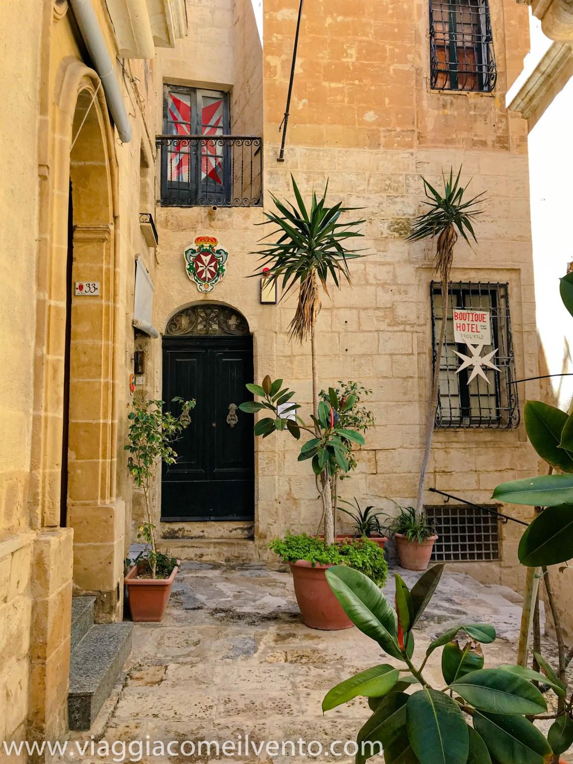 Croci di Malta