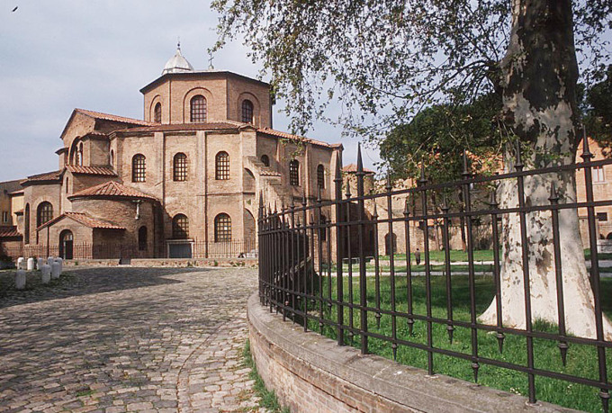 basilica san vitale mosaico