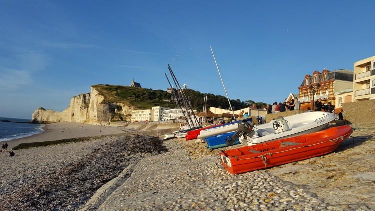 normandia spiaggia etretat