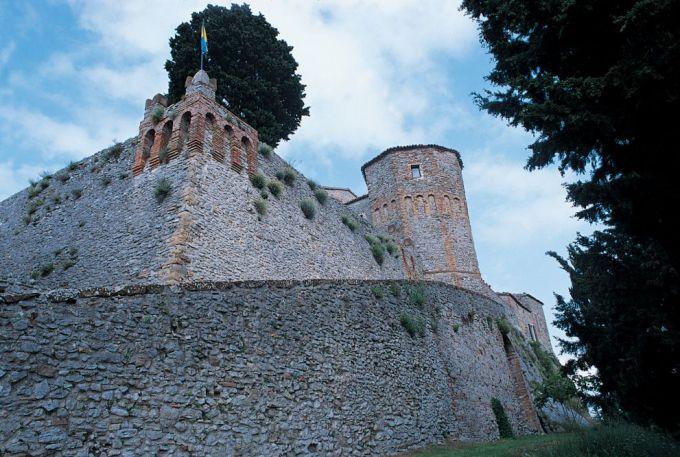 castello entroterra riminese