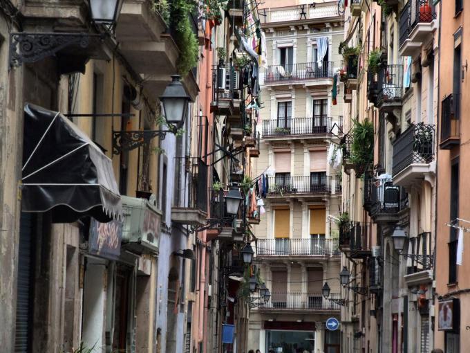 barcelona barrio del raval