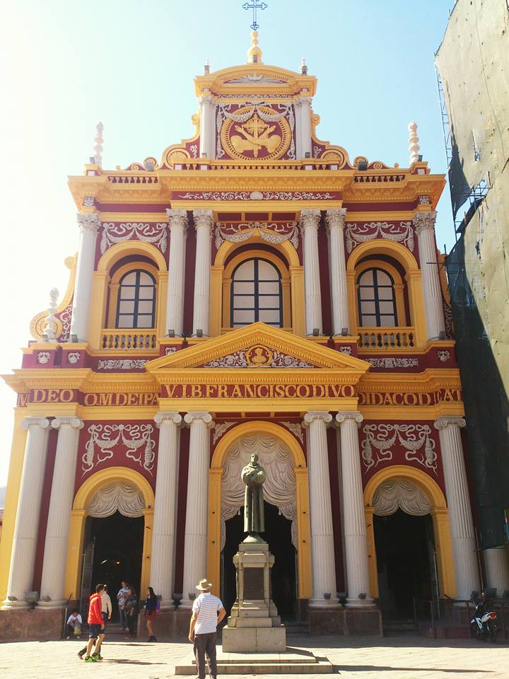 facciata della basilica e convento de san francisco