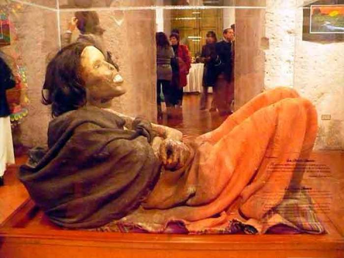 la mummia Juanita esposta al museo santuarios andino di arequipa