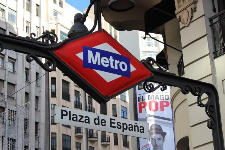 la stazione di plaza de españa metro madrid