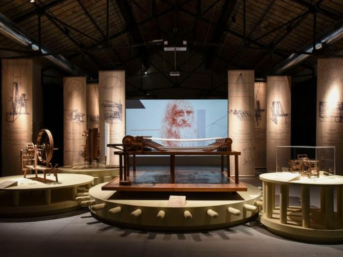 mostra al museo del tessuto per celebrare la morte di leonardo da vinci