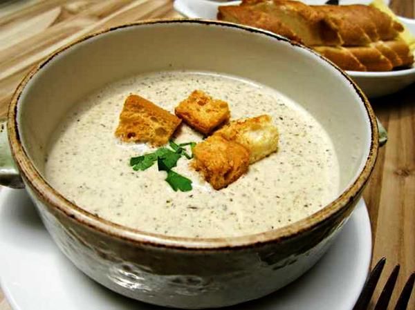 la zuppa di trahana è un piatto della cucina tradizionale albanese