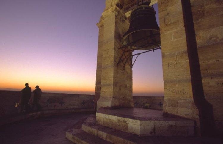 il miguelete la torre campanaria della catedral de valencia