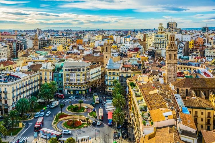una panoramica del ricco patrimonio storico e monumentale del centro storico di valencia