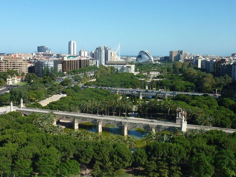 una panoramica del giardino del turia