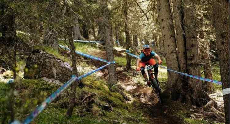 mountain bike tra i sentieri della val di fassa