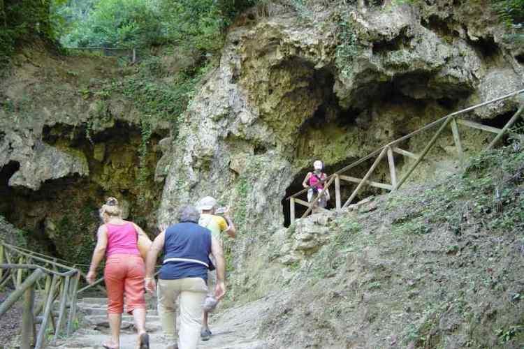 il percorso antico passaggio nelle cascate delle marmore