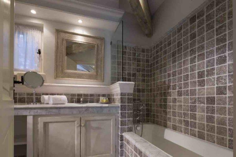 bagno di una suite de la bastide de Saint-Tropez, uno dei migliori hotel a saint tropez