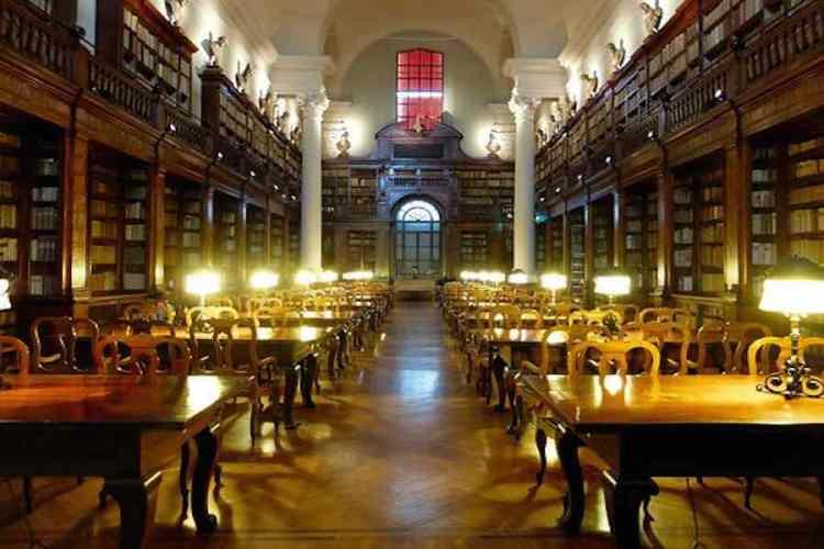 la biblioteca storica dell'Alma Mater Studiorum Università di Bologna