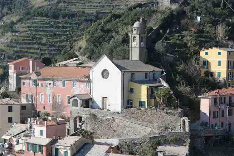 la chiesa di san francesco di vernazza