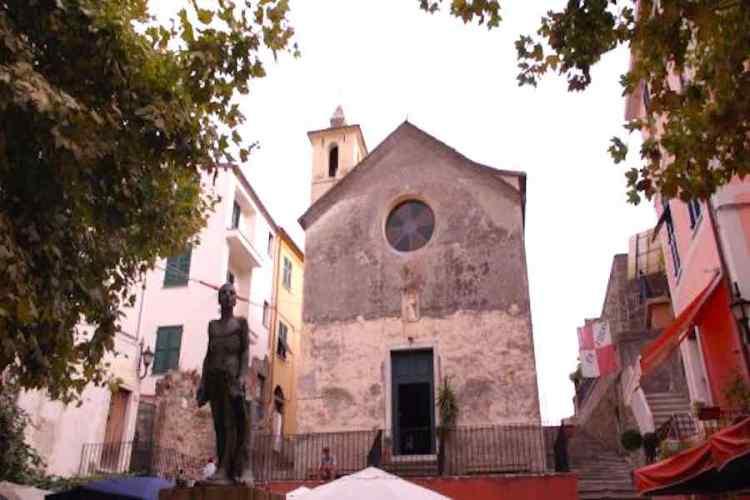 facciata dell'oratorio dei disciplinati di santa caterina a corniglia